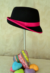 Hat - Ladies' Fedora with Fuchsia Contrast Banding