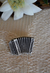 Hat or Lapel Pin Accordion