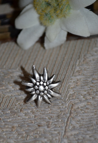 Hat or Lapel Pin - Small Edelweiss