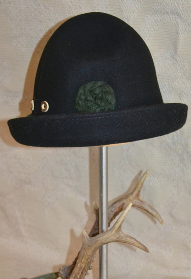 Kitchener_oktoberfest_hat_black_rear