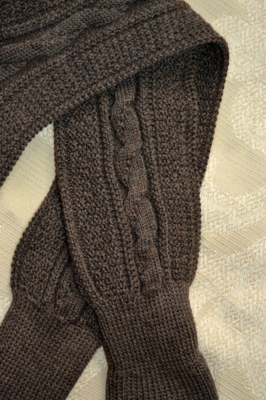 Lederhosen_sock_detail_brown