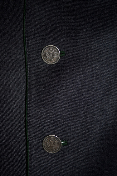 Jacket_grein_buttons