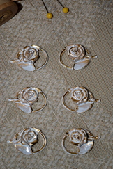 Dirndl Hooks Whitewashed Gold Rose (Six)