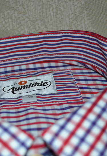 Tq_2016_shirt_red_white_blue_check_collar_detail