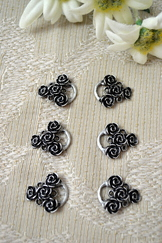Dirndl Hooks Roses Set of 6