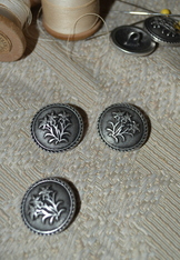 Buttons Metal Embossed Edelweiss -Six Buttons