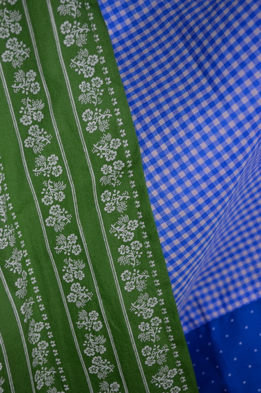 Oktoberfest_kitchener_dirndl_thunersee_tuquoise_fabric