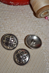 Large Metal Button Fleur de Lis