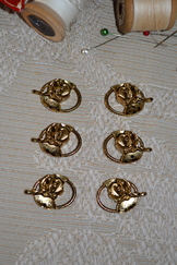 Dirndl Hook Single Rose Antique Gold Set of 6
