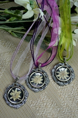 Edelweiss Flower Pendant Round Choice of 8 colours