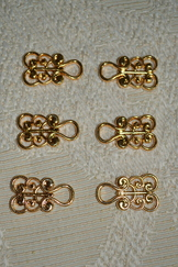 Dirndl Hooks Scroll Gold Finish Budget Friendly (3 Pair)