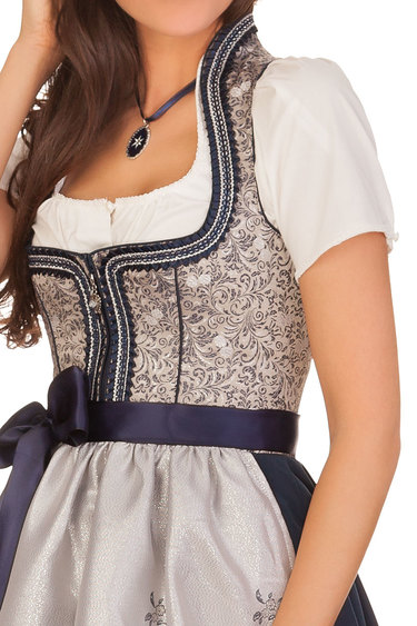Tq_2019_marjo_dirndl_peluca_bodice_close_up