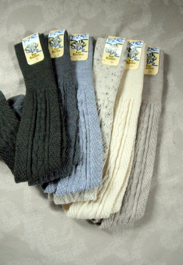 Men's trachten socks in six colours.