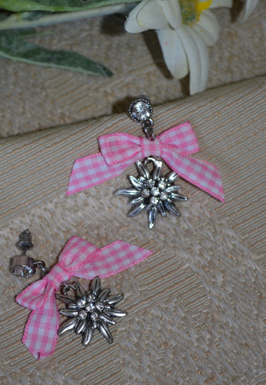 Earrings Edelweiss with Pink Checkered Bow