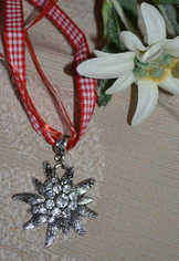 Edelweiss Pendant with Red Checkered Band